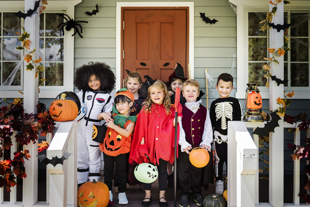 halloween safety tips, halloween safety, trick or treating, trick or treat safety, halloween, Cris Johnson, spooky magic