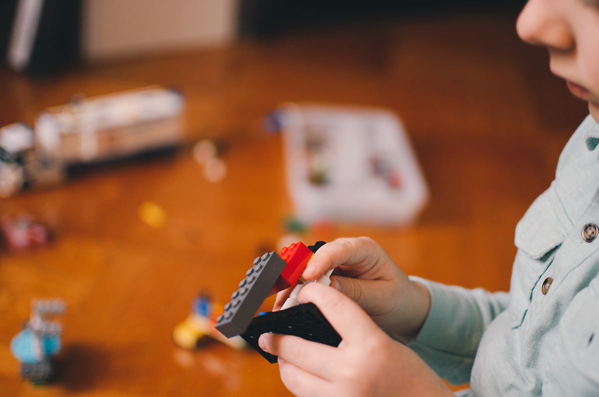 Cris Johnson, ways to keep kids entertained, ways to entertain kids, cold weather activities